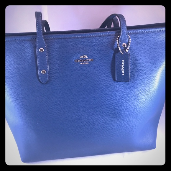 Coach City Zip Tote,  Ocean Blue Leather Bag.